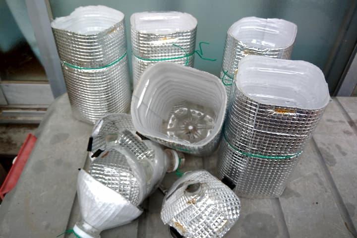 シルバー1色の自作水耕栽培容器